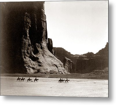 Canonde Chelly Az 1904 Metal Print by Edward S Curtis