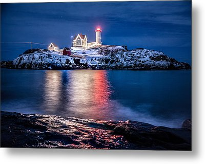 Metal Print featuring the photograph Cape Neddick Lighthouse by Robert Clifford