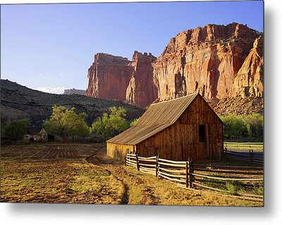 Capitol Barn Metal Print by Chad Dutson