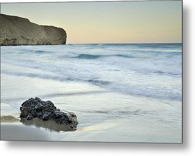 Caresses By The Sea Metal Print by Guido Montanes Castillo