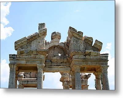 Carved Marble Of The Monumental Gate Metal Print by Tracey Harrington-Simpson