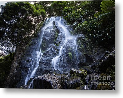 Cascade On Sao Muigel Metal Print