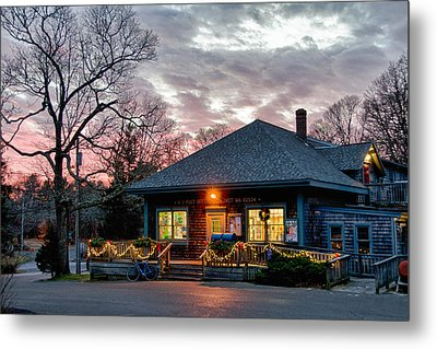 Cataumet Post Office Dressed For The Holidays Metal Print