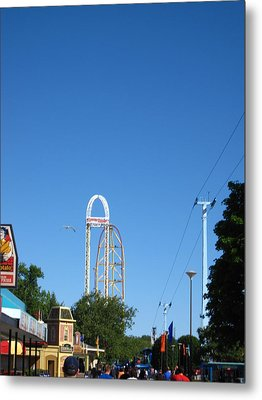 Cedar Point - Top Thrill Dragster - 12122 Metal Print by DC Photographer