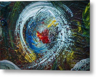 Centered Heart Metal Print by Terry Rowe