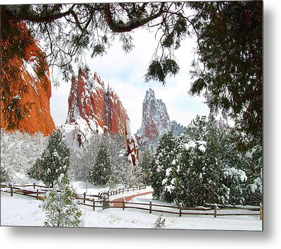 Central Garden Of The Gods After A Fresh Snowfall Metal Print
