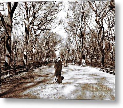 Central Park Kiss Metal Print by John Rizzuto