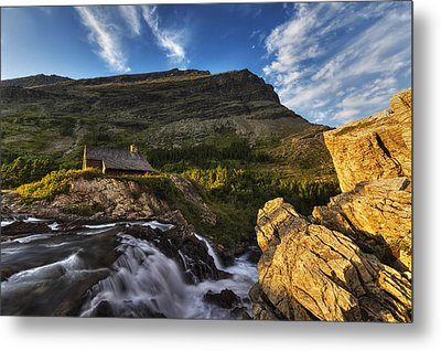 Chalet At The Falls Metal Print by Mark Kiver