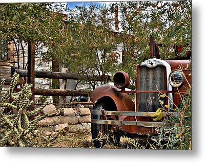 Metal Print featuring the photograph Chariot Awaits by Lee Craig