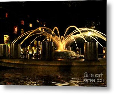 Charleston Fountain At Night Metal Print by Kathy Baccari