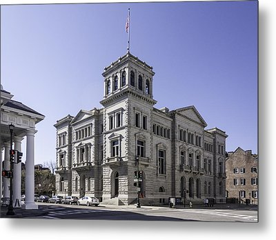 Charleston Post Office And Courthouse Metal Print by Lynn Palmer