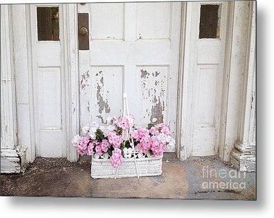 Charleston Shabby Chic Vintage Cottage Old Door With Basket Of Flowers Metal Print by Kathy Fornal