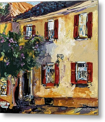 Charleston South Carolina Yellow House On Chalmers Street Metal Print by Ginette Callaway