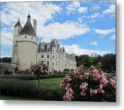 Metal Print featuring the photograph Chateau Chenonceau by Pema Hou