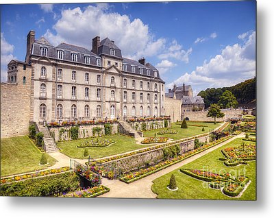 Chateau De L Hermine Vannes Brittany Metal Print by Colin and Linda McKie