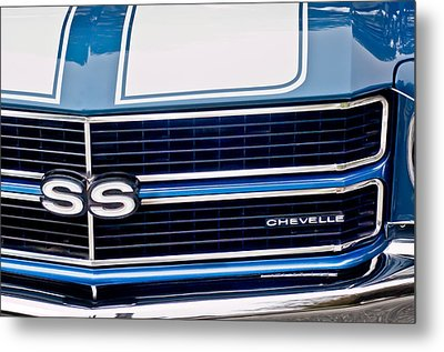 Chevrolet Chevelle Ss Grille Emblem 2 Metal Print by Jill Reger