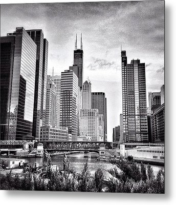 Chicago River Buildings Black And White Photo Metal Print by Paul Velgos