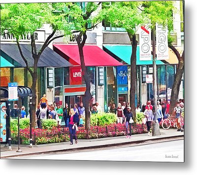 Chicago Il - Shopping Along Michigan Avenue Metal Print by Susan Savad