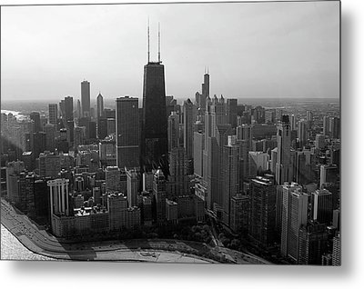 Chicago Looking South 01 Black And White Metal Print by Thomas Woolworth