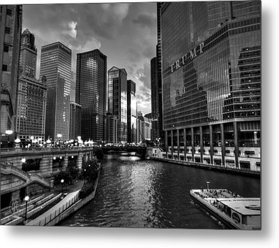 Chicago River - The Mag Mile 001 Bw Metal Print by Lance Vaughn
