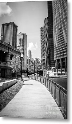 Chicago Riverwalk Black And White Picture Metal Print by Paul Velgos