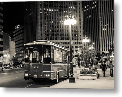 Chicago Trolly Stop Metal Print by Melinda Ledsome