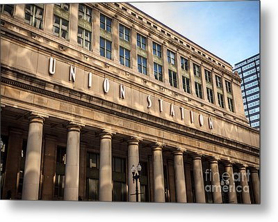 Chicago Union Station Building And Sign Metal Print by Paul Velgos