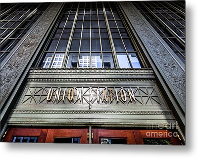 Chicago Union Station Sign And Entrance Metal Print by Paul Velgos