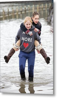 Children Wade Through Flood Waters Metal Print