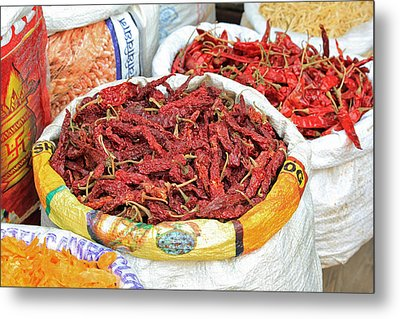 Chili At The Market Metal Print by E Faithe Lester