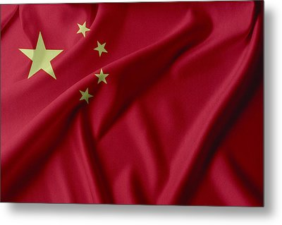 China Flag  Metal Print by Les Cunliffe