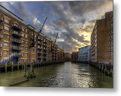 China Wharf Metal Print