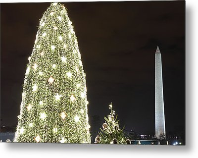 Christmas At The Ellipse - Washington Dc - 01137 Metal Print by DC Photographer