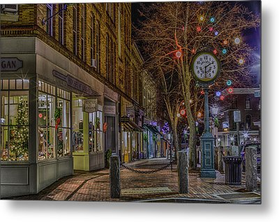Metal Print featuring the photograph Christmas In Bath by David Hufstader