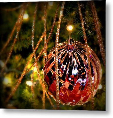 Christmas Magic Metal Print by Karen Wiles