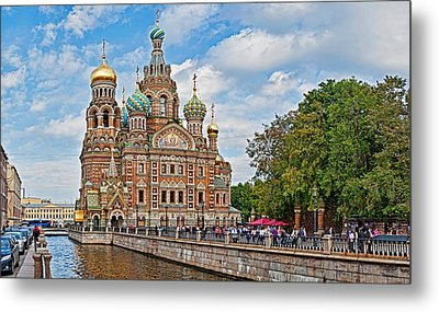 Church In A City, Church Of The Savior Metal Print by Panoramic Images