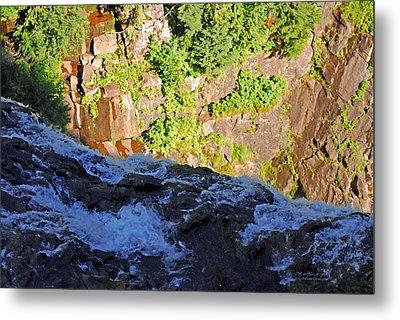 Churning Waters. Cliffs At Narada Falls Metal Print by Connie Fox