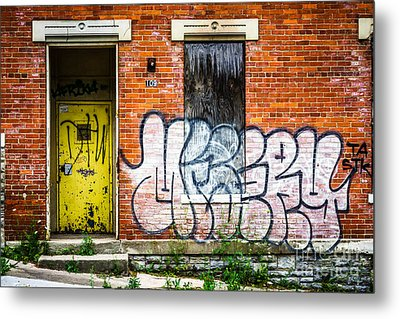 Cincinnati Glencoe Auburn Place Graffiti Picture Metal Print by Paul Velgos