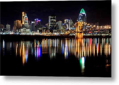 Cincinnati Skyline In Christmas Colors Metal Print