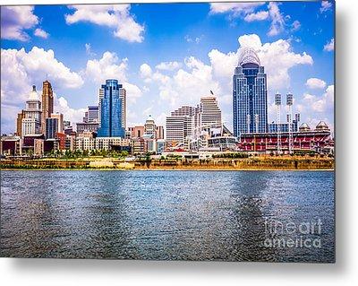 Cincinnati Skyline Photo Metal Print by Paul Velgos