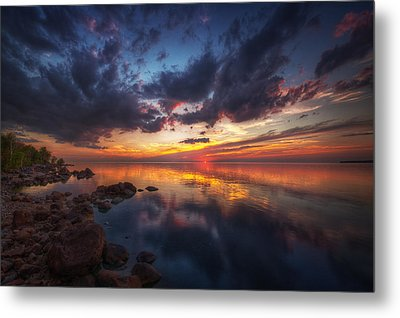 Cirrus Reflections Metal Print