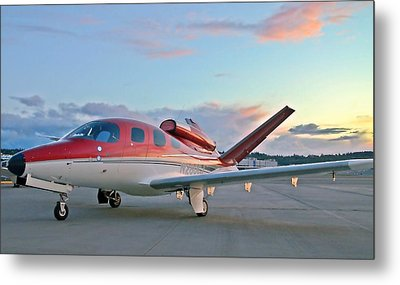 Metal Print featuring the photograph Cirrus Vision Sf50 by Jeff Cook