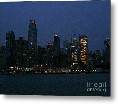 City Lights Of New York Metal Print by Avis  Noelle