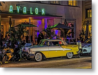 Metal Print featuring the photograph Classic Car At The Avalon by Rob Tullis