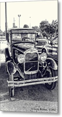 Classic Car Metal Print by Gerry Robins
