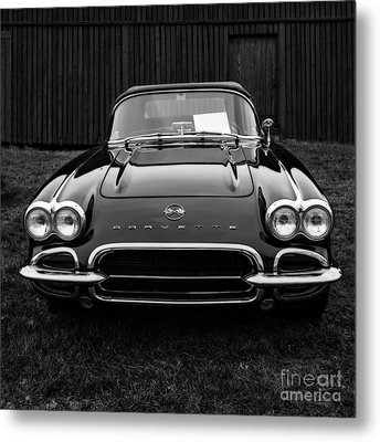 Classic Corvette Metal Print by Edward Fielding