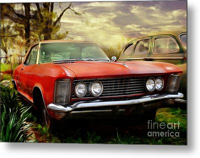 Metal Print featuring the photograph Classic by Liane Wright