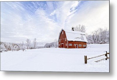 Classic New England Red Barn In Winter Metal Print by Edward Fielding