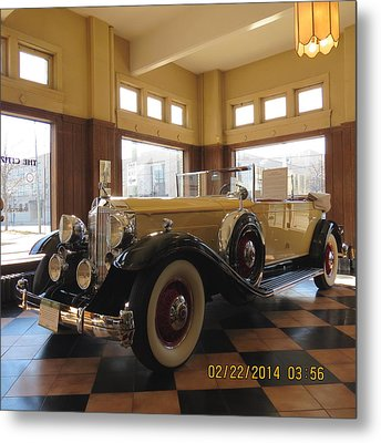 Metal Print featuring the photograph Classic Packard In Showroom by Eric Switzer
