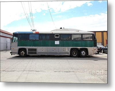 Classic Retro Greyhound Bus 5d25255 Metal Print by Wingsdomain Art and Photography